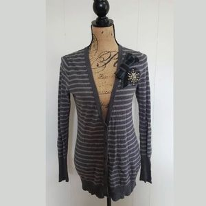 LOFT V-NECK CARDIGAN GRAY STRIPED EMBELLISHED